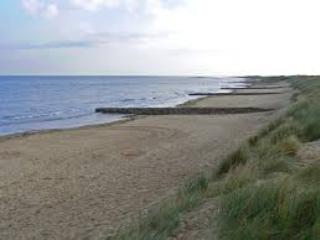 13000 Lees Lodge at Hunstanton- large 3 bed Lodge dog friendly and by the beach.
