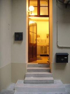-Suitable for people with restricted mobility ( ground floor). -Building has security camera install