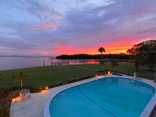 Paradise Found!, Sarasota
