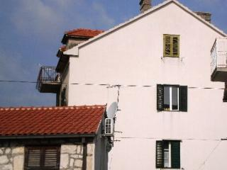 Two bedrooms apartment in the old town