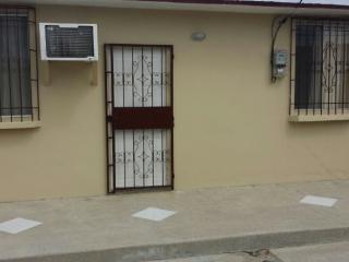 Villa en Ciudadela privada en Santa Elena