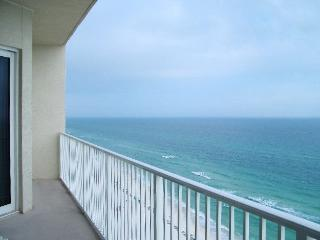 Beachfront. Sleeps 8. Summer Rate Discounts Now!!, Panama City Beach