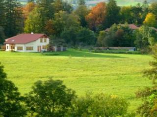 Alcove Du Velay- Chambre Colibri - pour 2 adultes, Le Puy-en-Velay