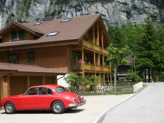 Apartment Hutton near Staubbach Falls - SKI OR SUN, Lauterbrunnen