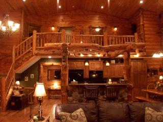 Rustic Lodge ( not on a lake), Shell Lake