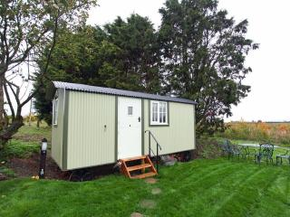 Kites Nest Shepherds Hut, Long Crendon