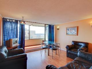 Great views, shared seasonal pool & 10-min drive to the city & beach!
