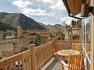 River Ridge Downtown Ketchum 4 Bedroom Townhome