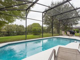 Private piece of paradise close to attractions., Clermont