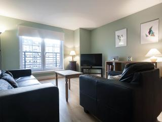 2 Bed flat, Timber Bush, Leith, Edinburgh