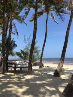 Kililini Beach Resort 5 minutes by car or tuk tuk from Elena House