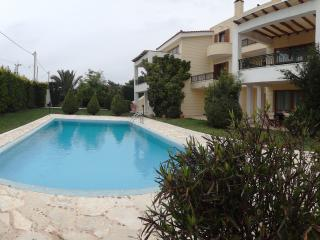 Athens Riviera Villa with Pool&BBQ, Lagonisi