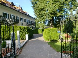 Vacation Apartment in Dellach im Drautal - 431 sqft, water, sports, recreation (# 4197), Schmelz