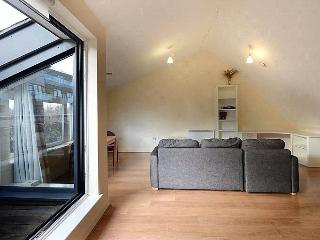CITY CENTRAL 2 BED SPLIT LEVEL APARTMENT/DUPLEX, Londres