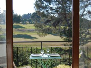1 Bed Apt Villamartin Plaza, Views of Golf Course!