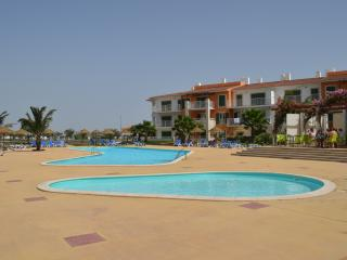 Luxury apartment with shared pool in Vila Verde, Santa María