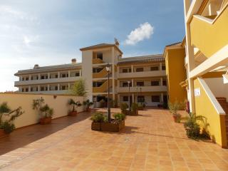 2 Bed Holiday Apartment Los Alcazares, Los Alcázares