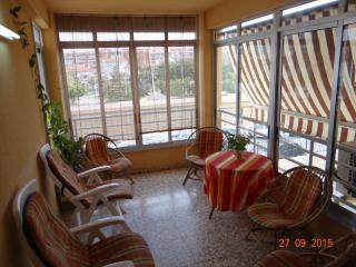 Perfecta ubicacion, 3 habitaciones. Piscina, tenis, parking. Wifi.