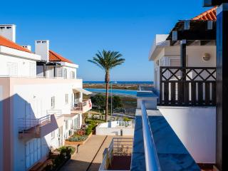 Summer Avail/Algarve Tavira Fab Penthouse Apt/Best Location/Air Con/Wifi