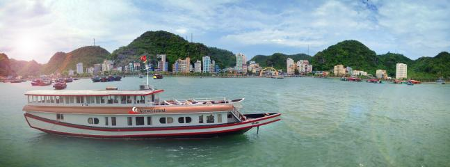 overview C.Jewel Island cruise and Cat Ba island
