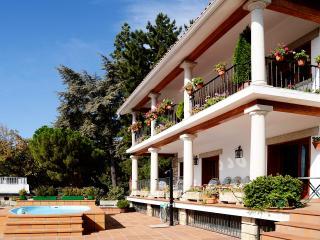 Casa rural C.Madrid-Familia-Empresas-Gastronomía., Miraflores de la Sierra