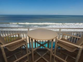 Penthouse- Oceanfront - Incredible Views- Spacious, Satellite Beach
