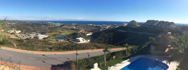 Magnificent panoramic views of the sea, golf, pool, gardens, mountains and surrounding areas