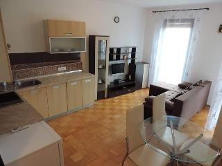 Modern apartment for 4-5 pax in Vrbnik