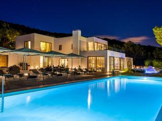 Villa Azur, Sleeps 14, Sant Josep de Sa Talaia