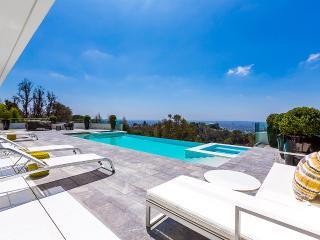 Hollywood Pearl, Sleeps 8, Los Ángeles
