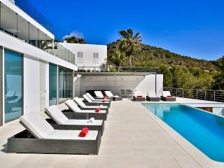 Villa Q, Sleeps 10, Talamanca