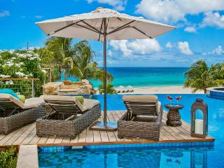 Nevaeh, Sleeps 10, Long Bay Village