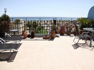 Luxury 2br-apartment on the beach, Valencia