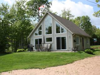 Chalet On The Lake - Experience The Unspoiled Beau, Charlottetown
