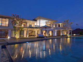 BEAUTIFUL VILLA full ocean view, 300m BEACH !