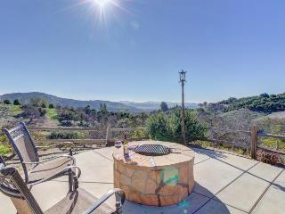 Mediterranean-style home, w/outdoor dining & six acres!, Fallbrook