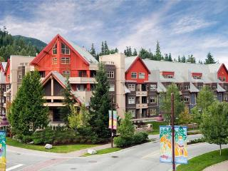 2BR Condo Lake Placid Lodge Ski-in/Ski-Out, Whistler