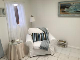 Coronado island CA cozy beach cottage studio