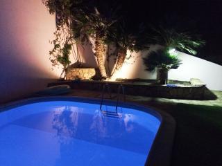 Bilocale indipendente, piscina, giardino, barbecue