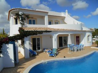 Villa indépendante grand standing, proche plages.., Guia