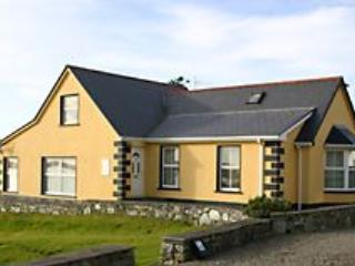 Ballyconneely  304 A Murlach Cottage, holiday rental in Ballyconneely