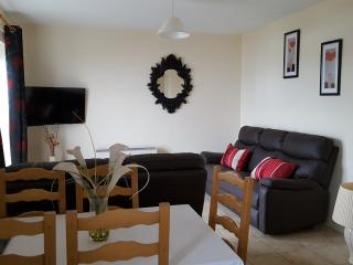 Marine Court sea view apartment, Bundoran
