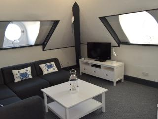 The Blenheim - 'Puffin Suite' on 3rd floor, Dawlish