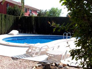 Beautiful 2 Bedroom Villa with private pool, Los Alcazares