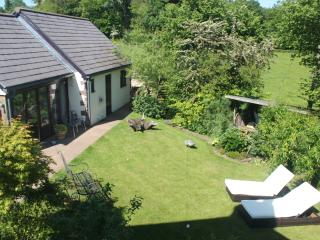 Little Leasbrook Studio - Contemporary Comfort, Quality, and Great Location, Monmouth