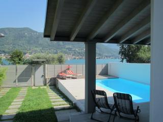 Villa private in front of Salo' gulf Garda Lake
