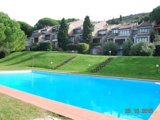 Punta Ala - Elegante appartamento con piscina