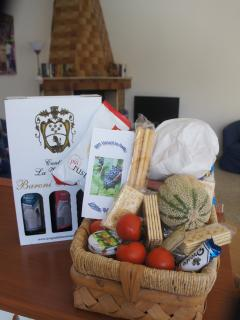 A warm welcome to Puglia, our welcome baskets are very popular with all our guests.