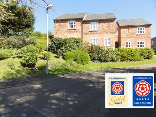 Jasmine Cottage 5 Star Gold multi award winning accommodation