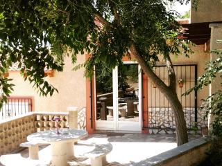 El Capricho Sax bungalow Casa Roja
